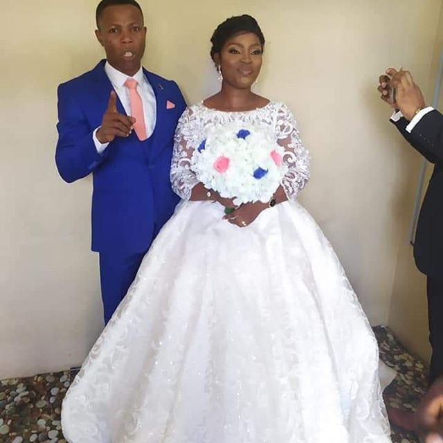 Covid-19 Marriage: Couple Weds in Sitting Room (Photos)