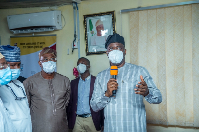 Makinde Recommissions Security Watch Facilities in Oyo