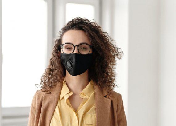 pocket friendly black face mask.